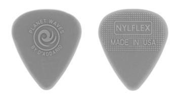 1NFX4-10 Planet Waves Nylflex Guitar Picks, 10 pack, Medium